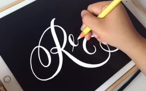 """Relax"" Hypnotizing Digital Calligraphy on the iPad Pro"