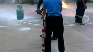 How to use fire extinguisher - Video