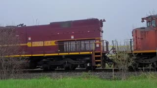 Canadian National: EJE SD38-2 672, SD40-2W 5356