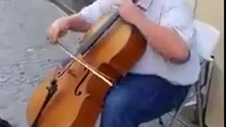 Awesome Street Singer in France - Ey Iran song - Video