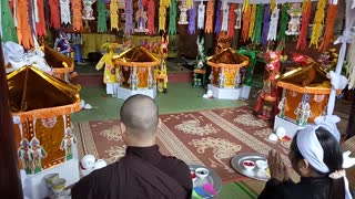 Buddhist ceremony in the North of Vietnam  - Video