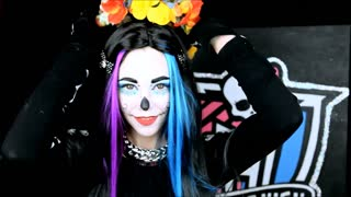 Monster High's Skelita Calaveras makeup tutorial - Video
