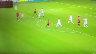 Zlatan Ibrahimovic scores wonderful goal with a strike out of the box - Video