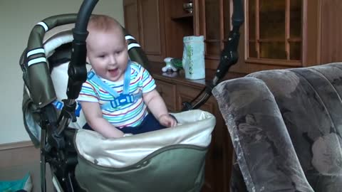 Baby has perfect response after hearing dance music