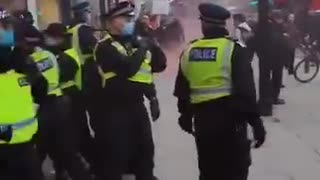 London police arresting peaceful anti-lockdown protesters