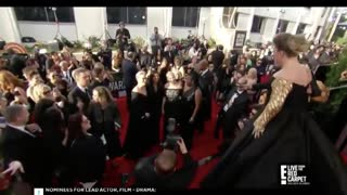When Kelly Clarkson saw Meryl Streep at Golden Globes - Video