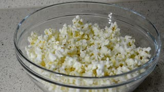 Homemade Microwave Popcorn from scratch - Video