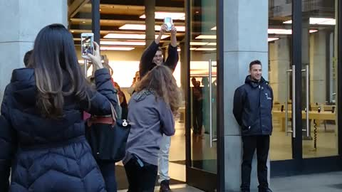 First iPhone X Sold in Spain