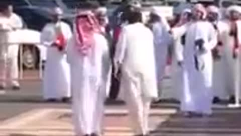 Pakistani boy Dancing on UAE National Day on Arabic Music awesome