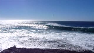 Very relaxing southern California waves  - Video