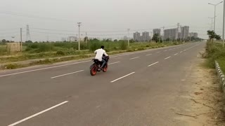 Pulsar Rs 200 pulsar 220 and R15 stunt video  - Video