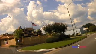 Crazy Police Chase Through Parking Lots and Off Road...