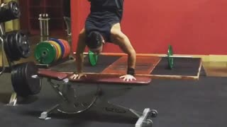 Guy black tank top handstand fail - Video