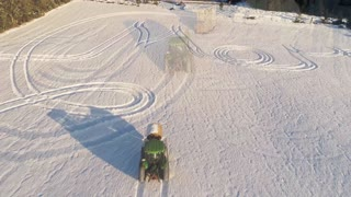 Norwegian Farmer Sends out Season's Greetings - Video