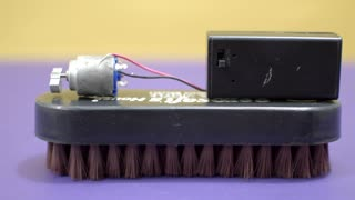How to make a Giant Bristle Bot | DIY  - Video