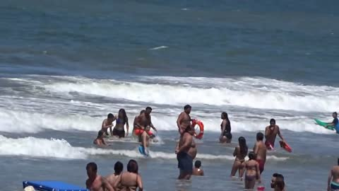 Rescue by lifeguards of Villa Gesell