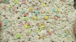 How To Make Lucky Charms Treats - Full Recipe - Video