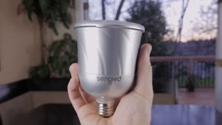 "Sengled Pulse wireless speaker ""light bulb"" review"