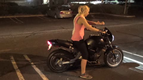 MARIA AND DEANNA - HOW TO LEARN TO RIDE A MOTORCYCLE - Motorcycles Riding Tutorial