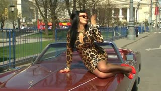 Retro Cars Hit The Road In Central Moscow Rally - Video