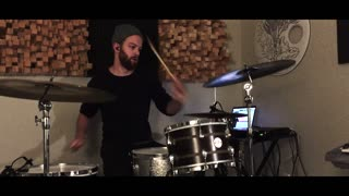 Amazing basement drumming session - Video