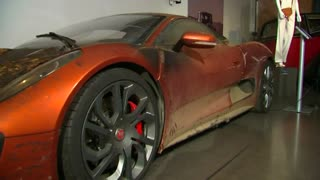 """Spectre"" cars go on display in London - Video"