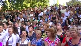 Back-to-school in Ukraine's Donetsk coincides with full truce - Video
