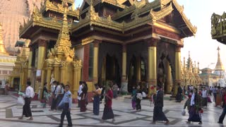 Shwedagon Pagoda, Myanmar - Video
