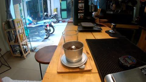 How to make traditional Vietnamese coffee