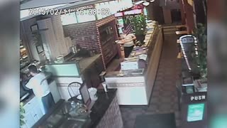 Restaurant Fails - Video