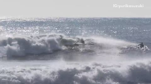 Surfer gets wiped out by big wave