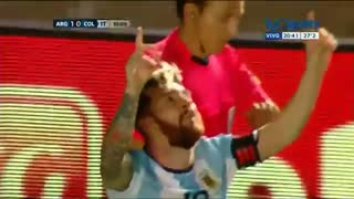 Lionel Messi spectacular free kick goal v Colombia - Video