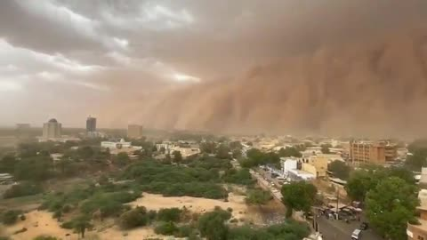 Epic sandstorm totally covers Niger's capital Niamey