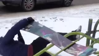 How NOT to break a snowboard - Video