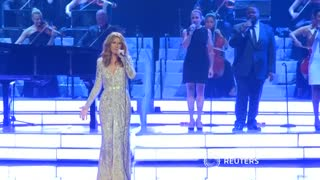 Celine Dion resumes her Las Vegas residency after a year hiatus - Video
