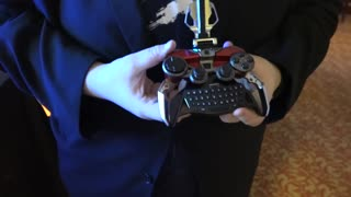 Multi-functional gaming controller Mad Catz L.Y.N.X.9 review - Video