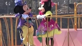 Minnie & Mikky Mouse Special Waving Hands For Kids on Moving Ship