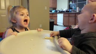 Baby brother is impossible to scare - Video