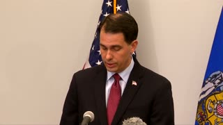 Walker drops out of Republican presidential race - Video