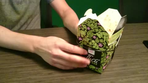 How to unfold a takeout box into a convenient plate