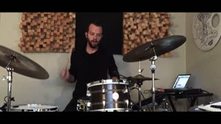 Musician's drumming performance has an intriguing twist - Video