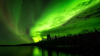 Time lapse captures magnificence of Northern Lights