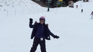 First Time Skiing for Thai Exchange Student - Video