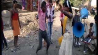 लौण्डा नागिन डांस / Super Nagin Dance in Village Band Party /Dehati Bhojpuri Nach 2017 - Video