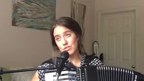 One-person accordion & vocal cover of Taylor Swift's 'Shake It Off'