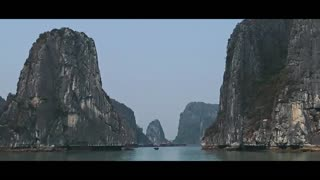 Traveling ,Ha Long Bay In Viet Nam - Video