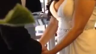 Bride Keeps Laughing During Her Wedding Vows - Video
