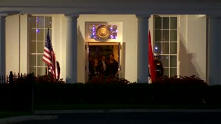 Obama meets China's Xi at White House - Video