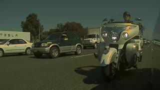 Motorcyclist Messes with Mirror