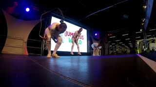 Female athletes captivate crowd at jump roping world championship - Video